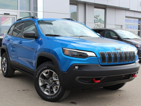 New 2019 Jeep Cherokee Trailhawk | GPS NAV | Power Liftgate | Heated Seats |