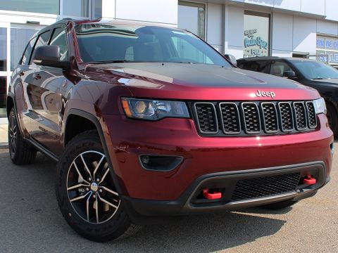 New 2018 Jeep Grand Cherokee Trailhawk | Ventilated Seats | Back-Up Camera | Power Liftgate |