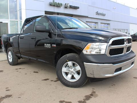 Pre-Owned 2018 Ram 1500 ST | Keyless Entry | Locking Tailgate | Auxiliary Outlet |