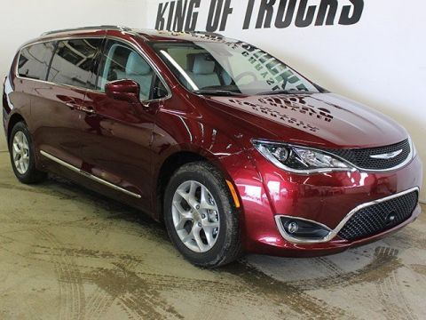 Pre-Owned 2017 Chrysler Pacifica Touring-L Plus| LOW KM! | GPS Navigation | DVD Player | 360 Camera | With Navigation