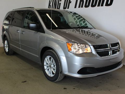 Pre-Owned 2017 Dodge Grand Caravan SE | Power Liftgate | Bluetooth | Keyless Entry |