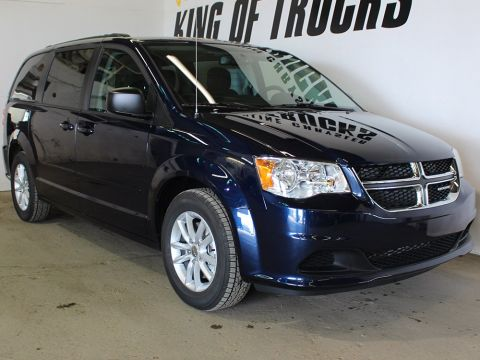 Pre-Owned 2017 Dodge Grand Caravan SXT | Power Liftgate | Keyless Entry | Bluetooth |