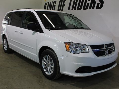 Pre-Owned 2017 Dodge Grand Caravan SXT| LOW KM | DVD Player | Back-up Camera | Keyless Entry |
