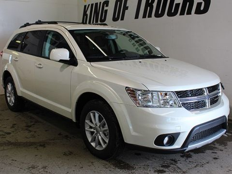 New 2017 Dodge Journey SXT With Navigation & AWD